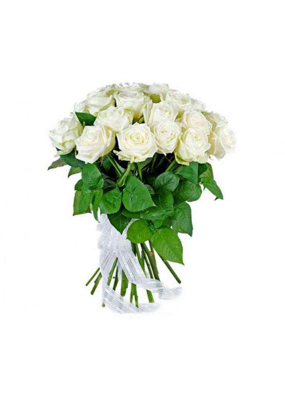 15 Белых роз Вайт Наоми (White Naomi) 40см
